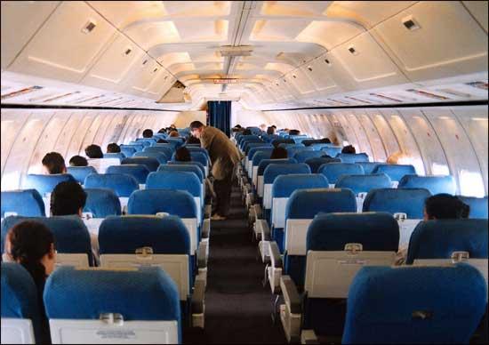 Пассажирский салон Boeing 727
