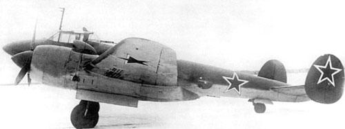 бомбардировщик Пе-2 М-83