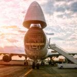 Доставка грузов самолетами в Лондоне